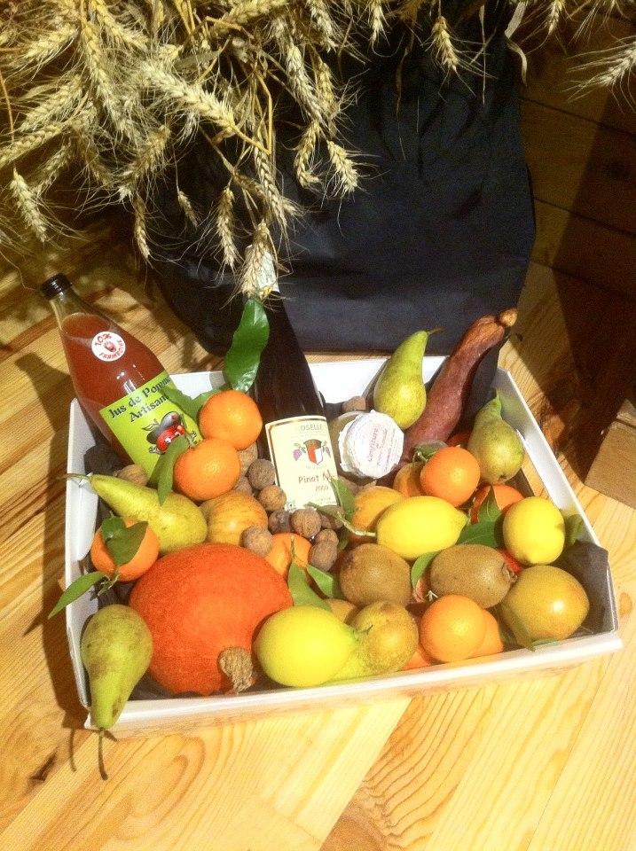 blog au terroir d 39 anne flo corbeille de fruits bio id e cadeau made in france. Black Bedroom Furniture Sets. Home Design Ideas